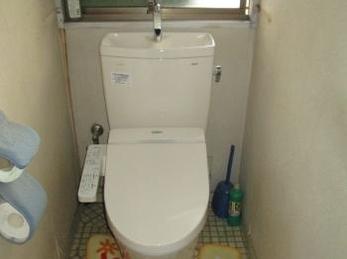 節水効果とお掃除楽々トイレ♪