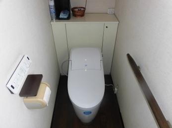 水道代もトイレ掃除の手間も馬鹿になりません!