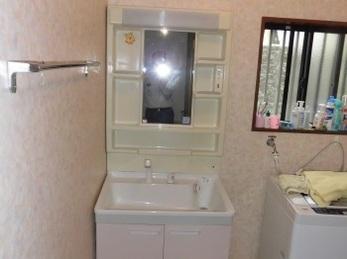 洗面化粧台下台だけでも交換できますので、ぜひご相談を!