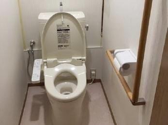 和式トイレから洋式トイレへ変身しました♪