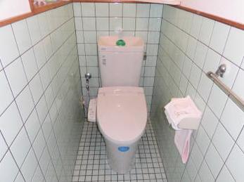 節水トイレでお財布に優しく!シャワートイレで暖かく快適に体に優しく!