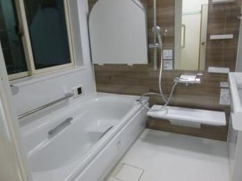 断熱サッシに入れ替え、浴室と洗面所に暖房機を設置しました!