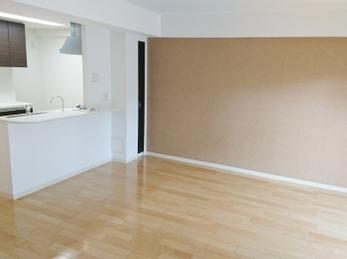 床暖房で冬も快適♪ 内装一新でまるで新築♪