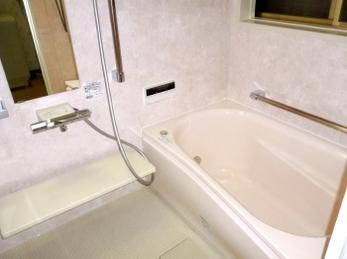 これからは暖かいバスルーム最高です!!