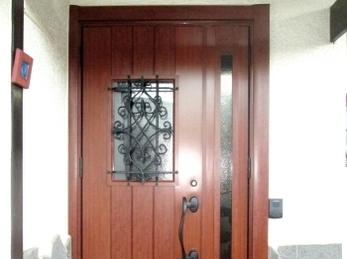 玄関一新♪ レトロな雰囲気♪