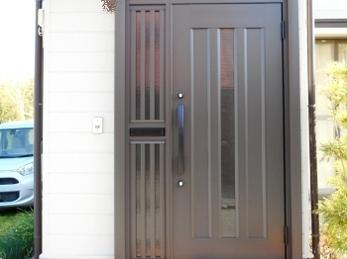 開閉できない玄関ドア